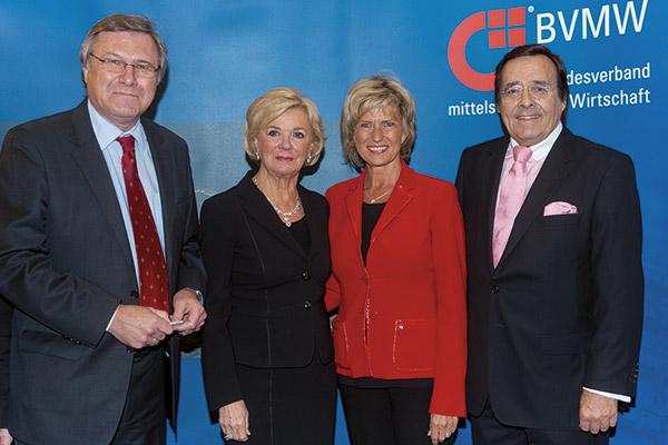 FDP-Vormann Dr. Wolfgang Gerhardt, Liz Mohn, Staatssekretärin a. D. Dagmar Wöhrl und Mario Ohoven.